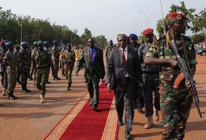 Le président centrafricain Michel Djotodia après une inauguration le 30 novembre 2013 à Bangui (Photo Sia Kambou. AFP)