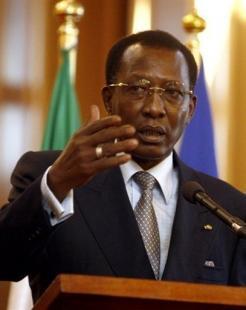 Le président tchadien Idriss Deby, le 4 novembre 2007 à N'Djamena ISSOUF SANOGO AFP/ARCHIVES