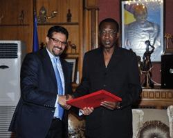 Le Président de la République Idriss Déby reçoit en audience le ministre tunisien des Affaires étrangères, M. Rafik Abdel-Salam Abdel-Salam.