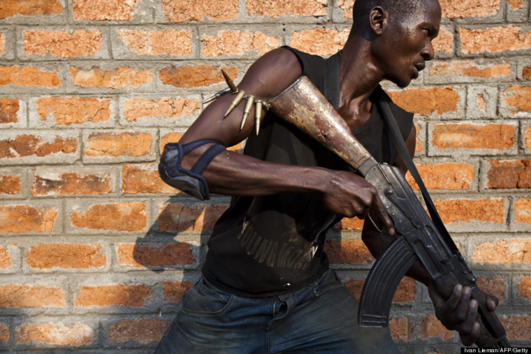 Un milicien Anti-Balaka en RCA. Crédit photo : Sources