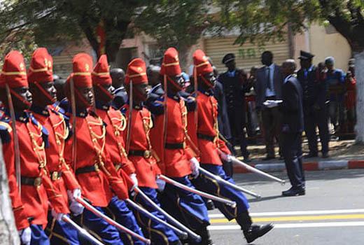 But du défilé militaire du 4 Avril au Sénégal : Montrer au citoyen son outil de défense et dissuader le voisin