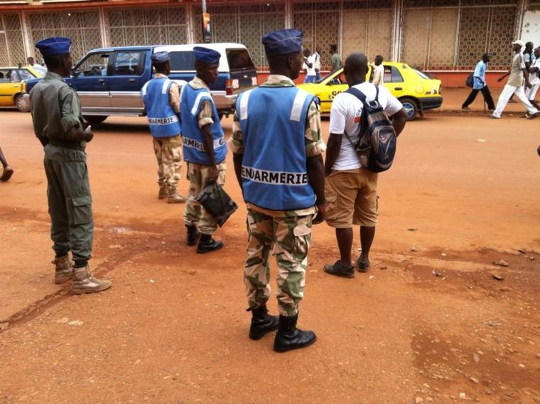Un musulman échappe de justesse au lynchage, sauvé par des gendarmes. Crédit photo : Diaspora Media