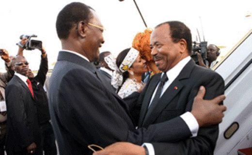 Idriss Déby et Paul Biya. Photo non datée. Crédits photo : Sources