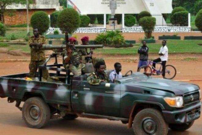RCA : La Séléka affirme contrôler Bambari, la force Sangaris se replie, 9 morts