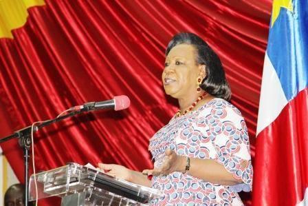 La présidente de la Transition, Catherine Samba-Panza à la tribune du CNT. Crédit photo : Sources