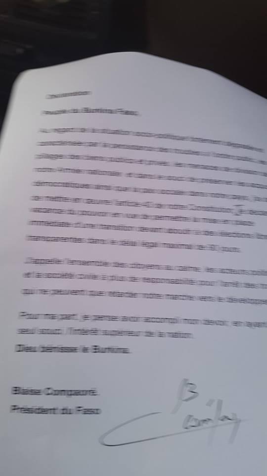 Burkina Faso: Compaoré  annonce sa démission (communiqué)