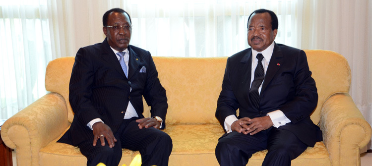 Le Président Idriss Déby et son homologue camerounais Paul Biya. Crédit photo : Présidence Cameroun