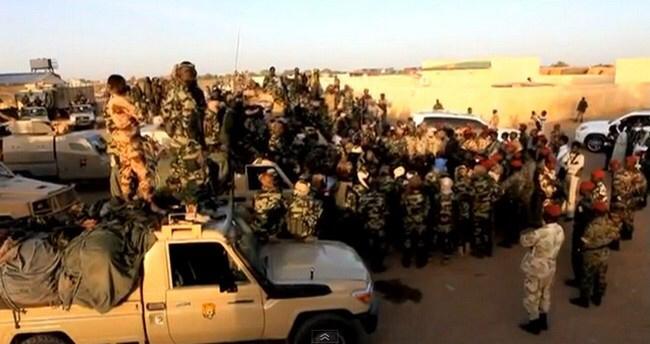 Des soldats tchadiens avant leur départ au combat. Crédit photo : Sources