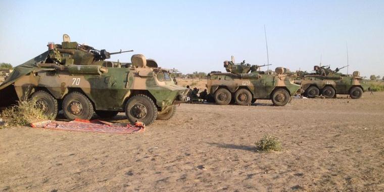 Des blindés de l'armée tchadienne participant aux opérations contre Boko Haram. Crédits : AFP/STEPHANE YAS