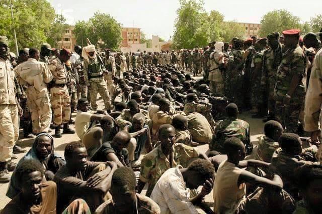 Une centaine de combattants de Boko Haram capturés par l'armée tchadienne. Crédits photo : Sources