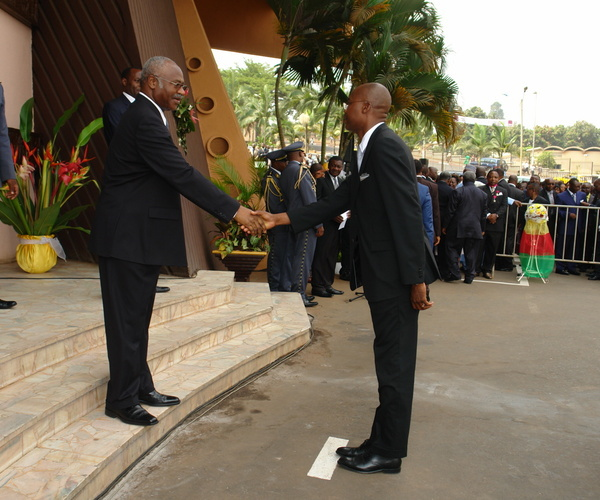 François WAKATA BOLVINE  chez le PM