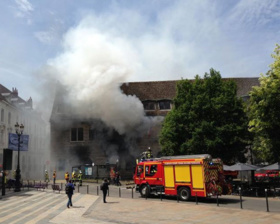 Bruxelles: Le CODE condamne l'acte criminel posé contre la Mairie de Besançon par le ressortissant camerounais  Zéphirin  Bertrand Teyou