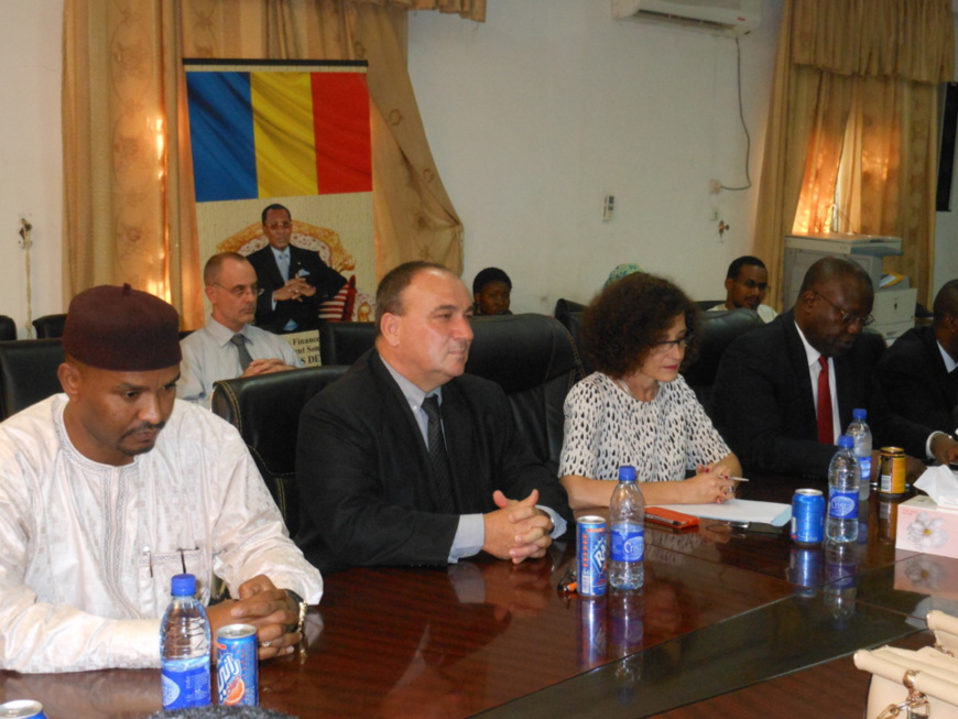Tchad : Signature de deux conventions de financement pour l'éductation et l'élevage pastoral