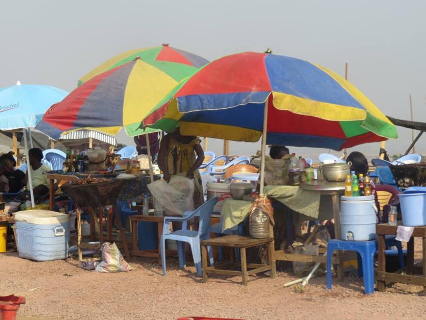 Cité des 11!me jeux africains à Brazzaville : une éclosion des activités informelles génératrices de revenu