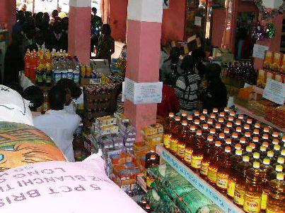 Une huile végétale de fabrication locale : il faut sauver l'industrie locale.