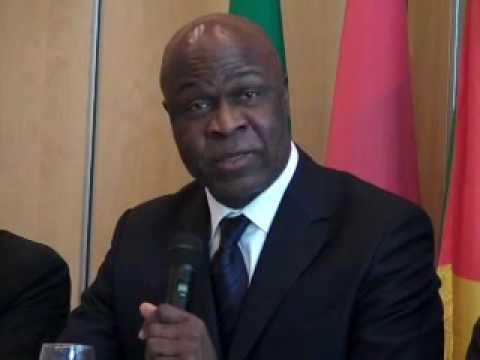 Le passage d'Essimi Menye au ministère des finances a permis de stopper l'incontournable « boma »