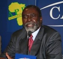 Tchad: Ngarlejy Yorongar tient une conférence de Presse à Paris