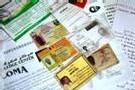 Les nombreux documents d'identité saisis sur l'espion, délivrés par des Tchadiens corrompus