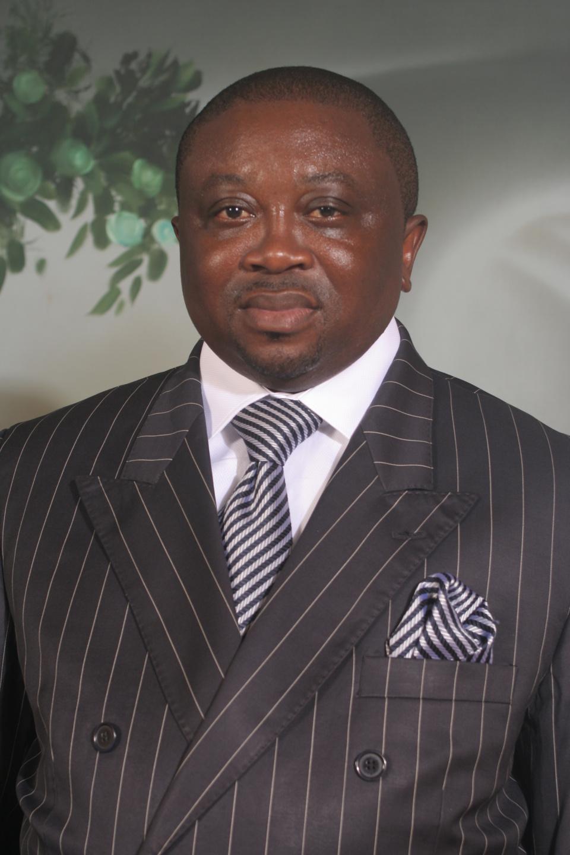 Centrafrique : les trois défis d'urgence de mettre la RCA sur les rails du développement d'après Octave NGAKOUTOU YAPENDE
