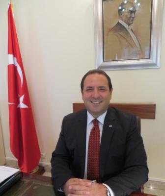 """Murat Ülkü : """"Nos économies sont complémentaires"""". L'ambassadeur de Turquie au Cameroun revisite la coopération de plus en plus fructueuse entre son pays et le Cameroun."""
