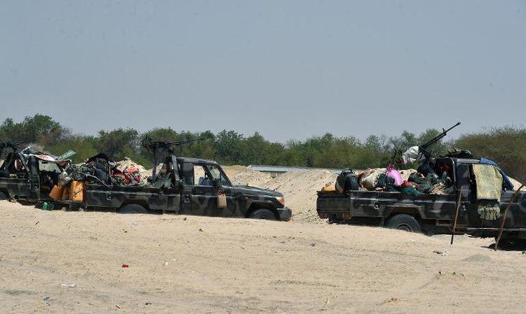 Des véhicules des armées tchadienne et nigérienne le 25 mai à Malam Fatori, dans le nord du Nigeria. Photo Issouf Sanogo. AFP