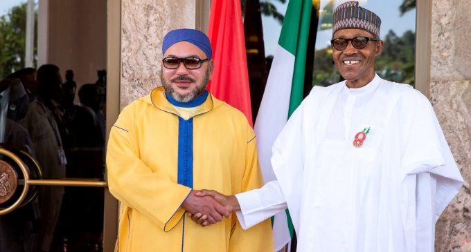 Le Roi du Maroc, Mohammed VI (gauche) et le Président nigérian, Muhammadu Buhari (droite). Crédit photo : Sources