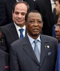 Le Président Idriss Déby, et son homologue égyptien Al-Sissi (derrière). Crédits : Sources