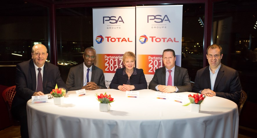 From the left to the right:  Jean-Philippe Imparato (CEO Automobiles Peugeot), Momar Nguer (President  Marketing and Services) Linda Jackson (CEO Automobiles Citroën), Yannick Bezard (Executive Vice President, Director Purchasing, PSA Group) Yves Bonnefont (CEO DS Automobiles). Photo : Clémentine Béjat (Objectif Images).