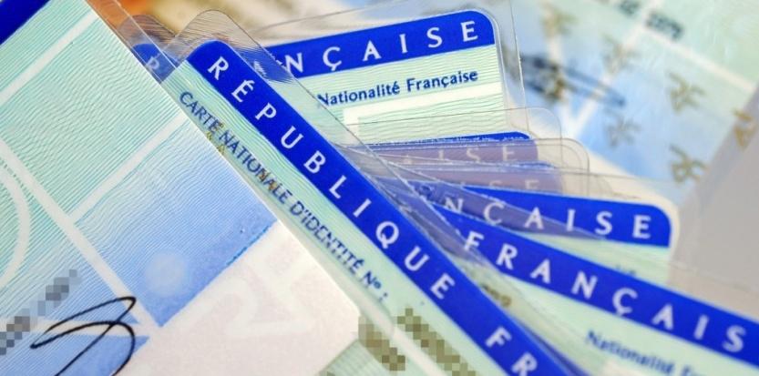 Une décision du Défenseur des Droits qui devra faire jurisprudence pour les Algériens parents d'enfant français