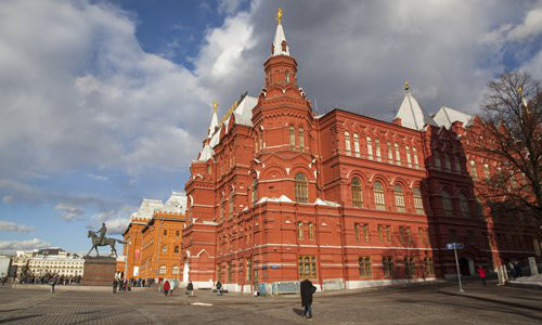 China-Russia tourism market boosted by red tourism