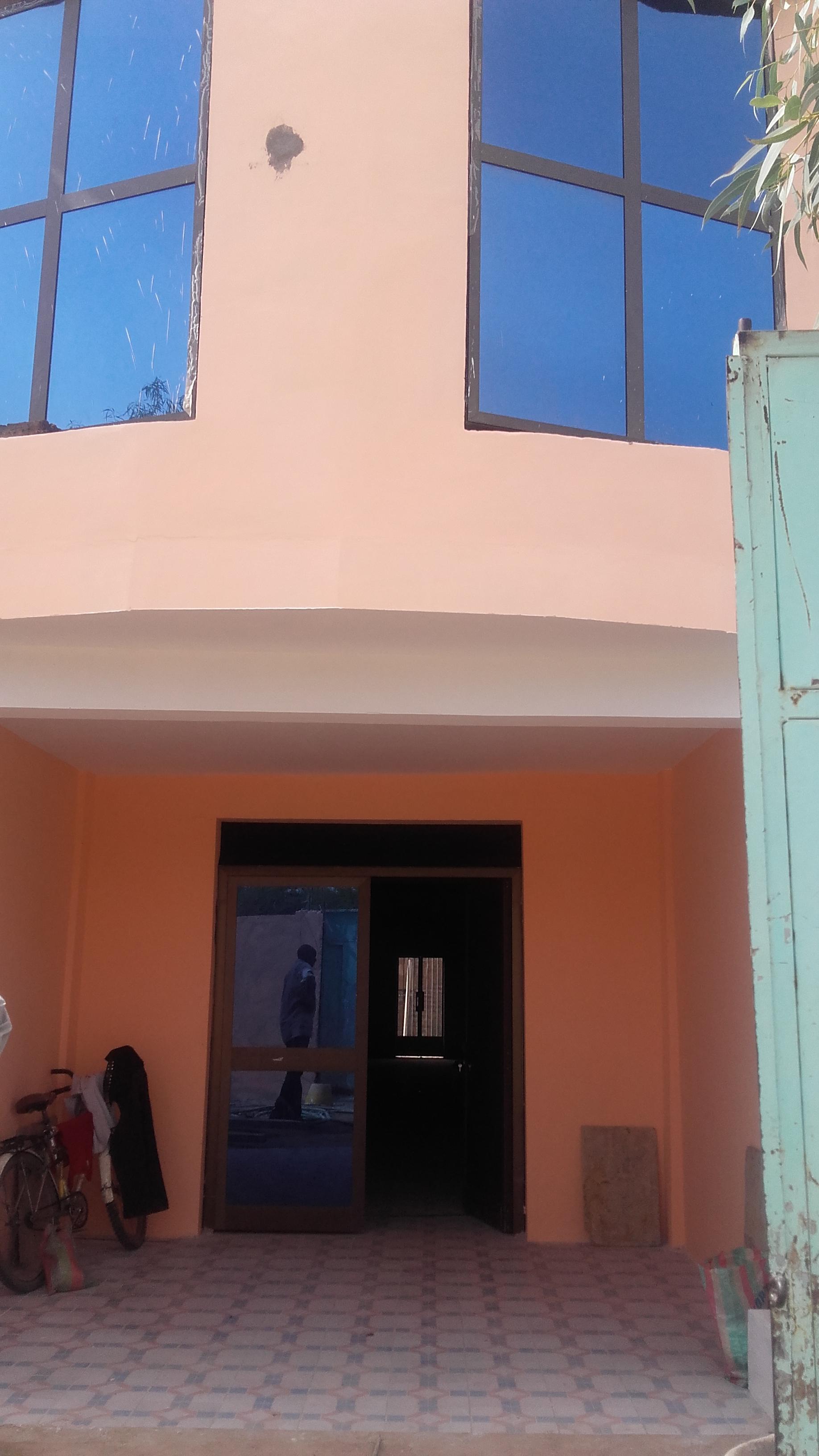 TCHAD: A LOUER clinique neuve à N'Djamena