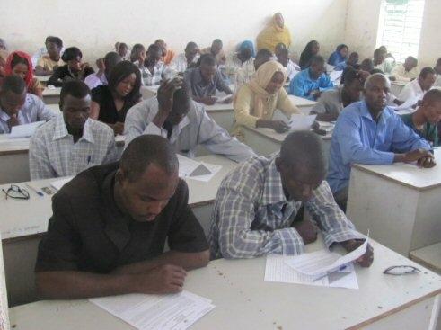 Des candidats au baccalauréat au Tchad. Crédits photo: jdt