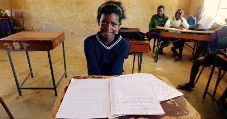 Une jeune fille âgée de 13 ans en Zambie. Crédits photo : Sources
