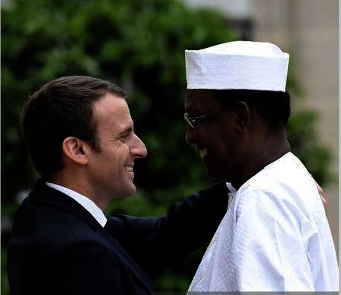 Le chef de l'Etat Idriss Déby et son homologue français Emmanuel Macron à l'Elysée. Crédits photo : Sources