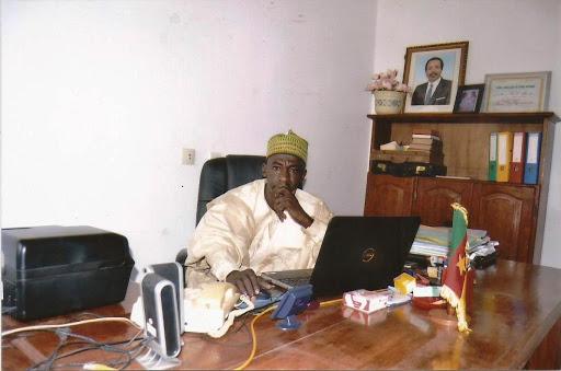 IBRAHIM ZAKARI Officier de l'ordre du mérite Camerounais B.p. 10166 Douala-Cameroun Téléphone: (00237) 699024118 /674953040 www.ccere-cameroun.com