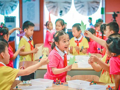 Over 700 million Chinese students benefit from government aid funds