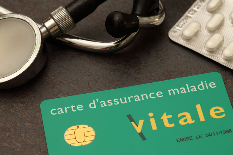 Soins médicaux en France : un arrêté du 10 mai 2017 vient assouplir les conditions à remplir par les ressortissants étrangers