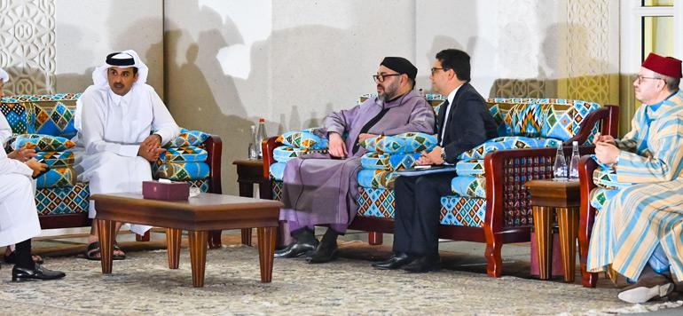 Doha : Le Roi Mohammed VI s'entretient avec l'Emir du Qatar. Crédits : sources