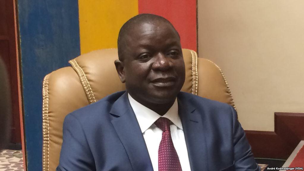 Le chef du gouvernement tchadien. (VOA/André Kodmadjingar)