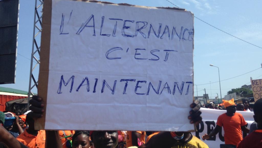 Un manifestant togolais dans une rue de Lomé, le 20 septembre 2017. © Anne Cantener/RFI