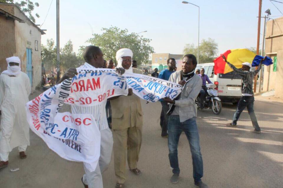 La frayeur obsédante des réseaux sociaux au Tchad