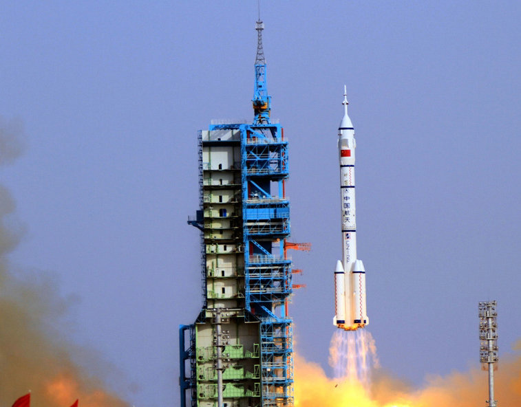 Chinese netizens compare China, US aerospace industries after Falcon Heavy launch