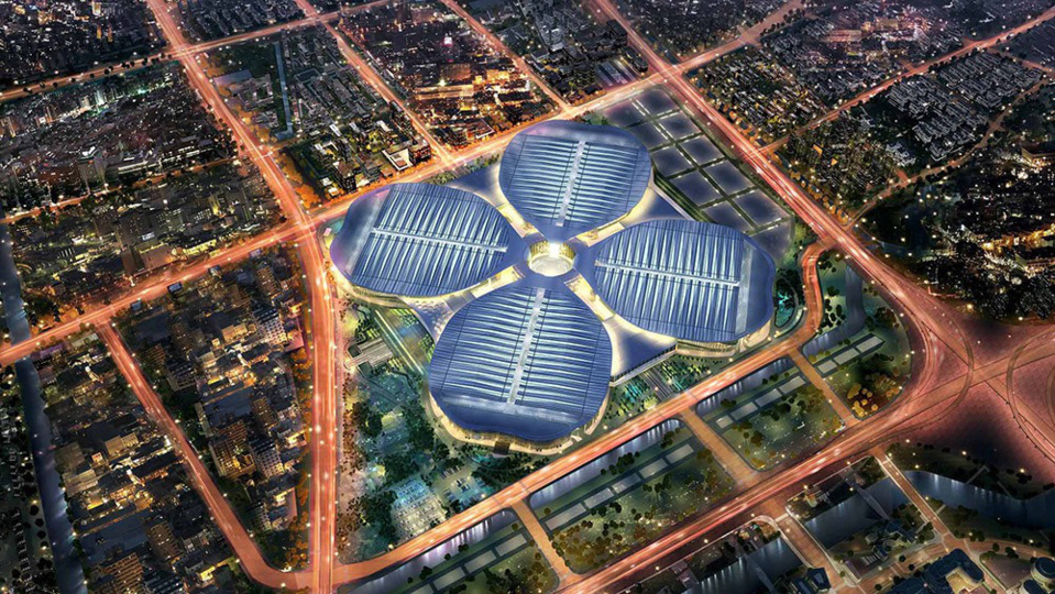 Photo shows a panoramic view of the National Exhibition and Convention Center in Shanghai, where the first China International Import Expo (CIIE) will be held in November. (Photo from the website of the CIIE)