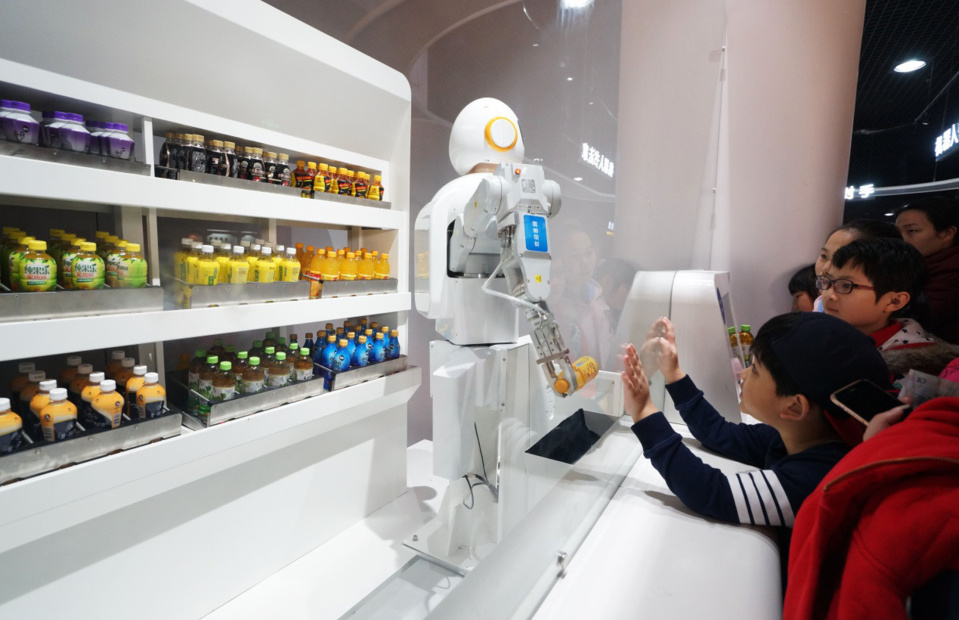 China eyes wider application of AI technologies