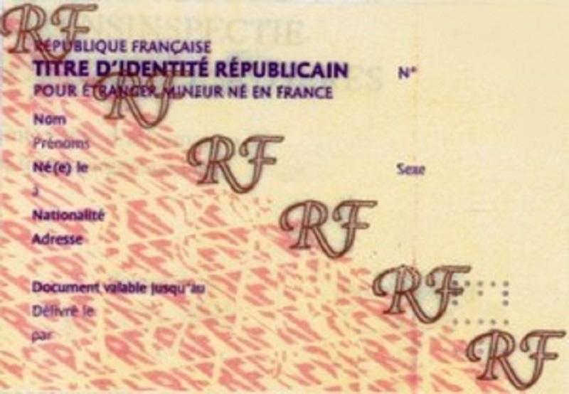 Mineur étranger né en France : Les conditions de délivrance du titre d'identité républicain (TIR)