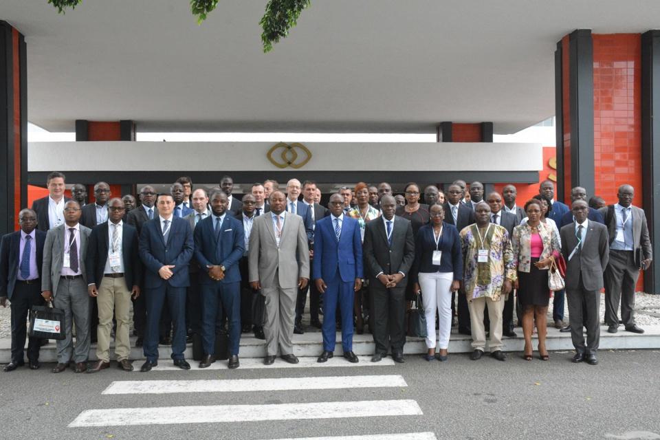 Transport durable : Des acteurs internationaux réfléchissent à Abidjan à la planification de la mobilité urbaine