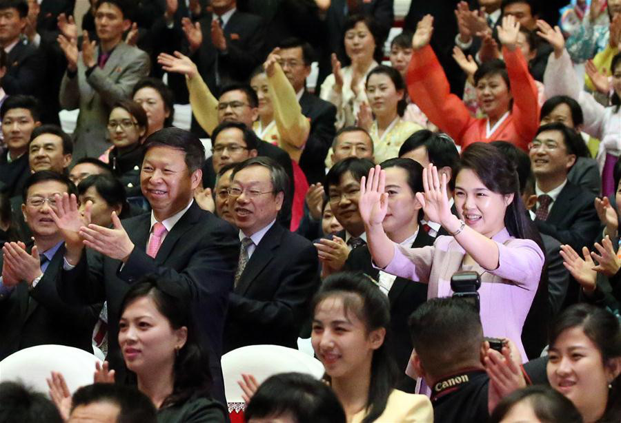 Ri Sol Ju, wife of Kim Jong Un, chairman of the Workers' Party of Korea (WPK) and chairman of the State Affairs Commission of the Democratic People's Republic of Korea (DPRK), watches a ballet performed by the Chinese art troupe in Pyongyang, the DPRK, April 14, 2018. (Xinhua/Yao Dawei)