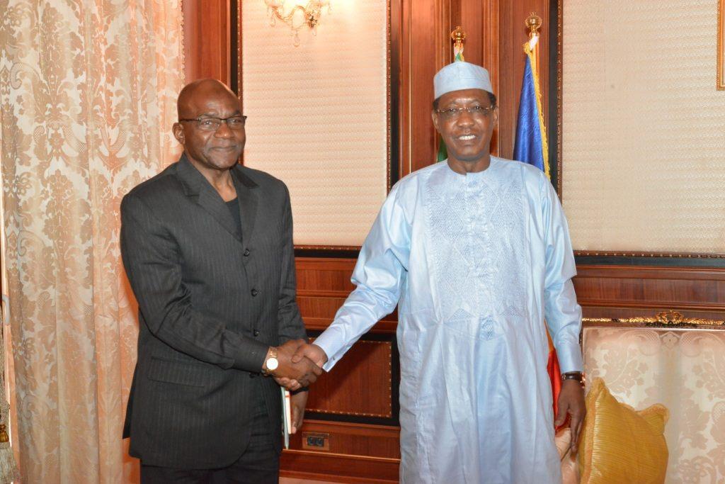 Idriss Déby et Saleh Kebzabo ce matin au Palais présidentiel.