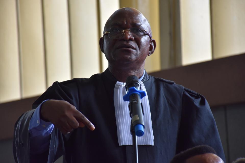 Maître Bondo, Avocat de la défense dans l'affaire Mbemba.