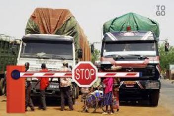Un poste de douane au Togo. Crédits : DR